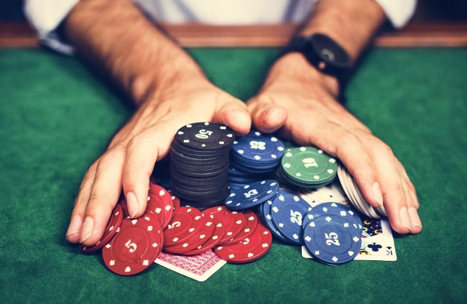 SBOBET กับความเป็นมาของ Poker เกมพนันสุดมันของคนรักไพ่